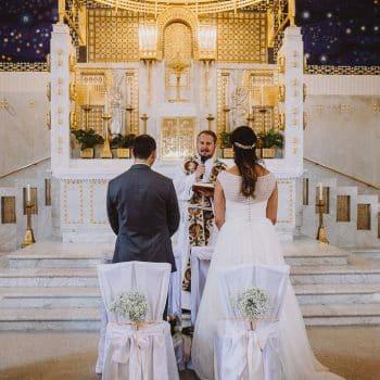 Brautpaar Kirche Trauung