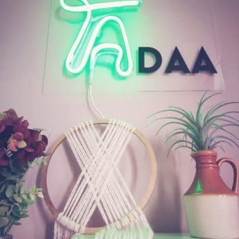 Leuchtschild Tadaa